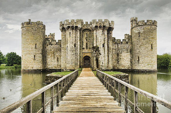 Bodiam Photograph - A Medieval Moated 14th Century Stone by Dave and Les Jacobs