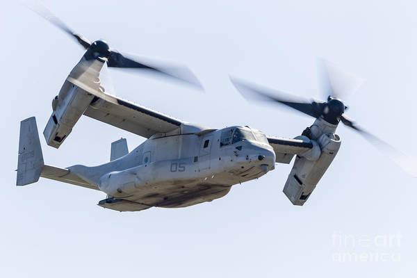 Mv-22 Photograph - A U.s. Marine Corps V-22 Osprey Flies by Rob Edgcumbe