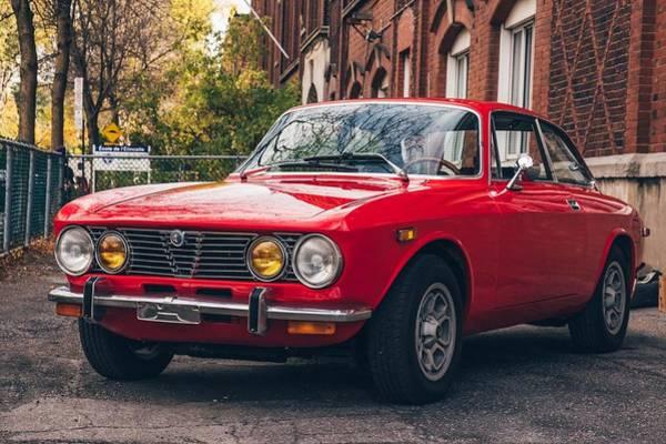 Alfa Romeo Photograph - Alfa Romeo Gtv by Jackie Russo