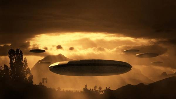 Ufo Digital Art - Alien Invasion By Raphael Terra by Raphael Terra
