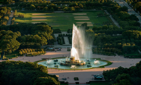 Wall Art - Photograph - Buckingham Fountain Chicago by Steve Gadomski