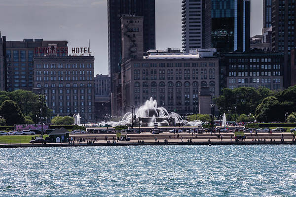 Photograph - Buckingham Fountain by Sue Conwell