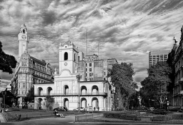 Cabildo Wall Art - Photograph - Cabildo De Buenos Aires by Hans Wolfgang Muller Leg