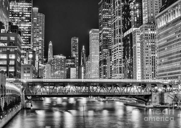 Wall Art - Photograph - Chicago by Juli Scalzi