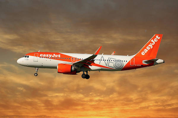 Easyjet Wall Art - Photograph - Easyjet Airbus A320-251n by Smart Aviation