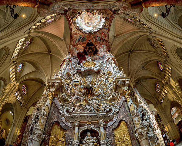 Photograph - El Transparente, Toledo Cathedral by Stephen Barrie