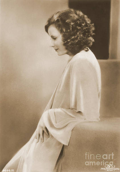 Photograph - Greta Garbo by Photo Researchers