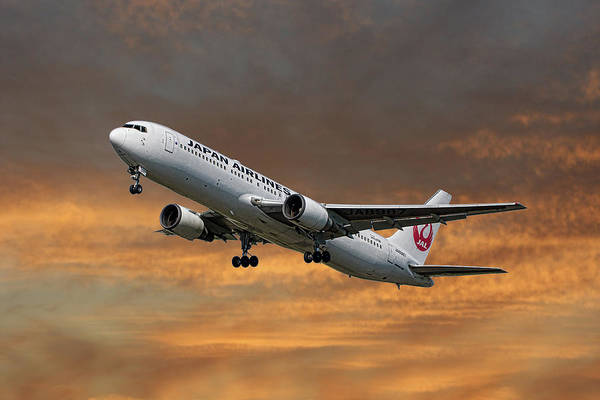 Boeing Mixed Media - Japan Airlines Boeing 767-346 by Smart Aviation