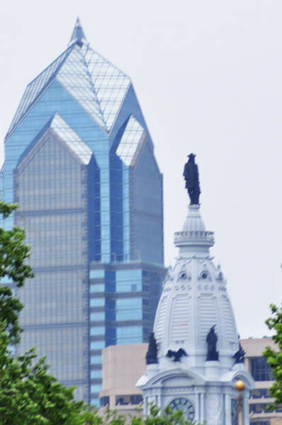 Photograph - Liberty Place And City Hall by Bill Cannon