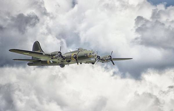 Flying Fortress Photograph - Memphis Belle by Martin Newman