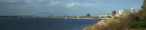 Memphis Design Wall Art - Photograph - Panoramic View Of Mississippi River by Panoramic Images