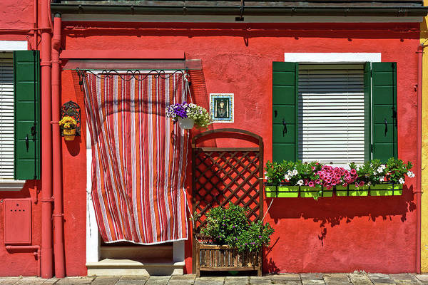 Picturesque House In Burano Art Print