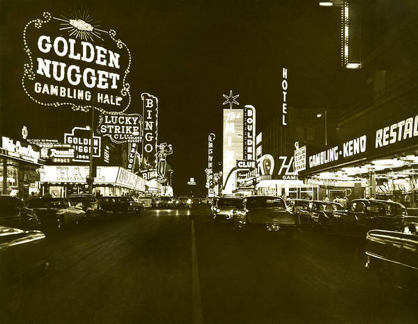 Wall Art - Photograph - The Las Vegas Strip by Underwood Archives
