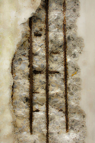 Photograph - Wall Face 9 by Mark Holcomb