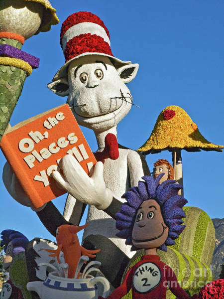 Cat In The Hat Wall Art - Photograph - 2013 Rose Parade 13rp022 by Howard Stapleton