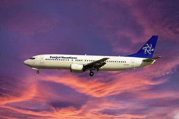 Vacations Photograph - Funjet Vacations Boeing 737-400 by Smart Aviation