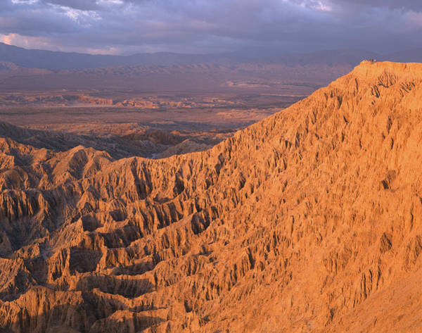 Photograph - 2a6945 Sunrise On Eroded Landscape Anza Borrego State Park by Ed Cooper Photography
