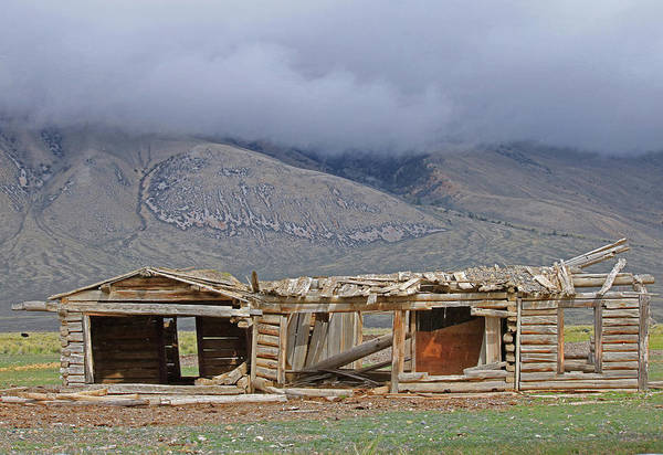 Photograph - 2d07511 Abandoned Farm Building Lost River Range by Ed Cooper Photography