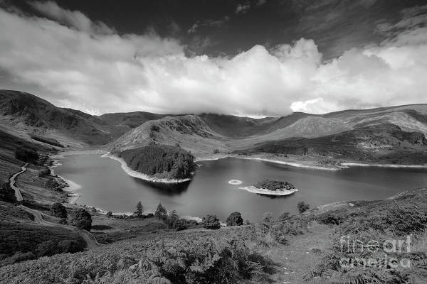 Haweswater Wall Art - Photograph - Haweswater Reservoir, Mardale Valley, Lake District by Dave Porter