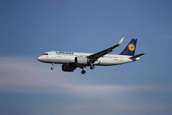 Transportation Mixed Media - Lufthansa Airbus A320-271n by Smart Aviation