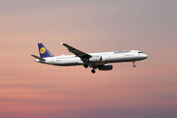 Aircraft Mixed Media - Lufthansa Airbus A321-231 by Smart Aviation