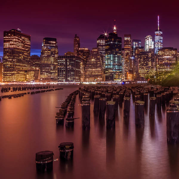 Town Square Wall Art - Photograph - Manhattan Skyline At Sunset by Melanie Viola
