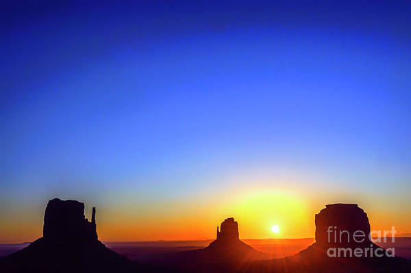 Photograph - Monument Valley Navajo Tribal Park by Thomas R Fletcher