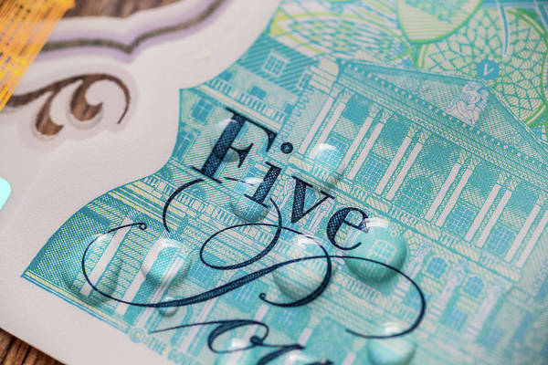 Note Wall Art - Photograph - New Uk Five Pound Note by Samuel Whitton