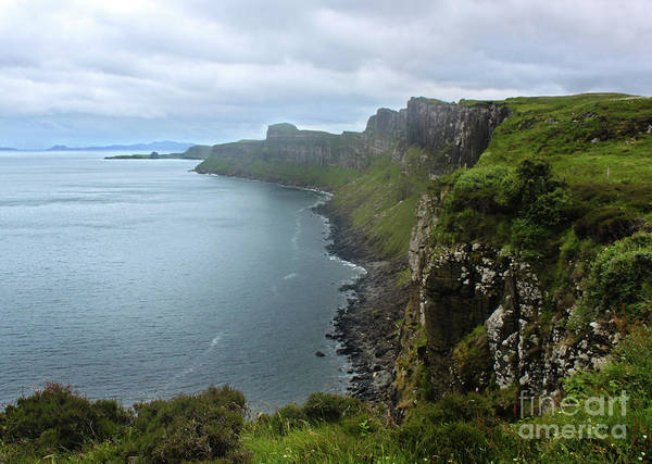 Photograph - Scotland Isle Of Skye Kilt Rock by Gregory Dyer