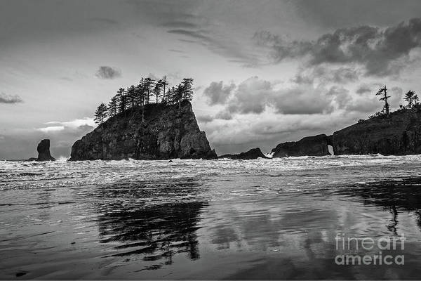 Wall Art - Photograph - Second Beach In Olympic National Park Located In Washington Stat by Jamie Pham