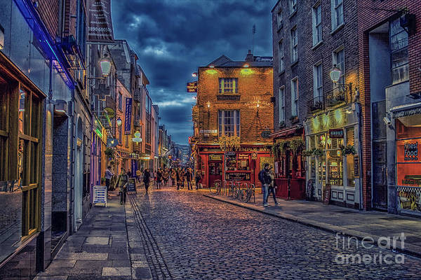 Temple Bar Wall Art - Photograph - Temple Bar In Dublin  by Patricia Hofmeester