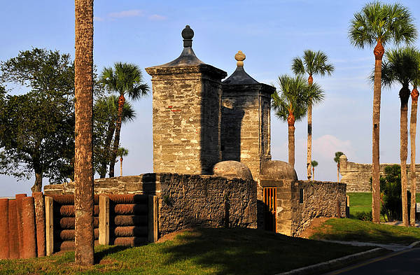 Saint Augustine Florida Photograph - The Old City Gates by David Lee Thompson