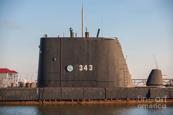 Photograph - 343 Uss Clamagore Diesel by Dale Powell