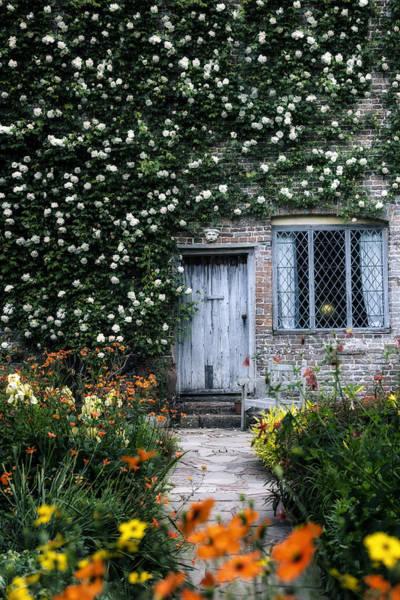 English Cottage Photograph - English Cottage by Joana Kruse