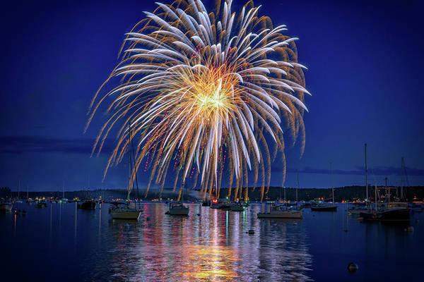 Wall Art - Photograph - 4th Of July Fireworks by Rick Berk