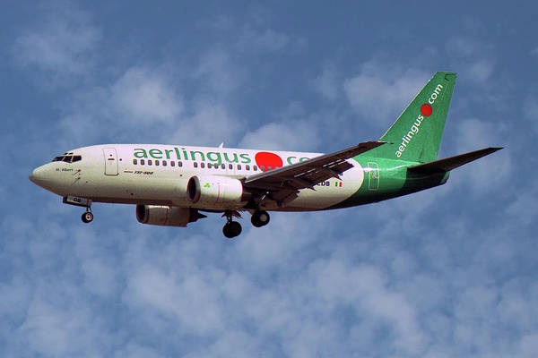 Wall Art - Photograph - Aer Lingus Boeing 737-548 by Smart Aviation
