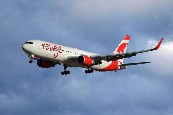 Boeing 767 Wall Art - Photograph - Air Canada Rouge Boeing 767-333 117 by Smart Aviation