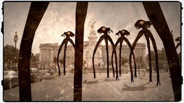 Area 51 Digital Art - Antique Aliens By Raphael Terra by Raphael Terra