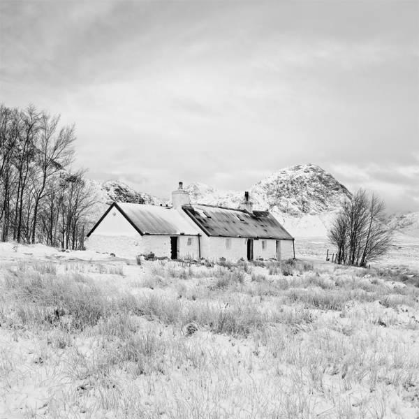 Photograph - Black Rock Cottage by Stephen Taylor