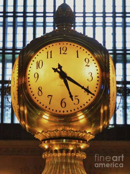 Wall Art - Photograph - 5.20 At Grand Central Station New York by Marcus Dagan
