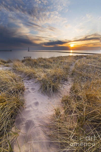 Up North Wall Art - Photograph - Beach In Frankfort by Twenty Two North Photography