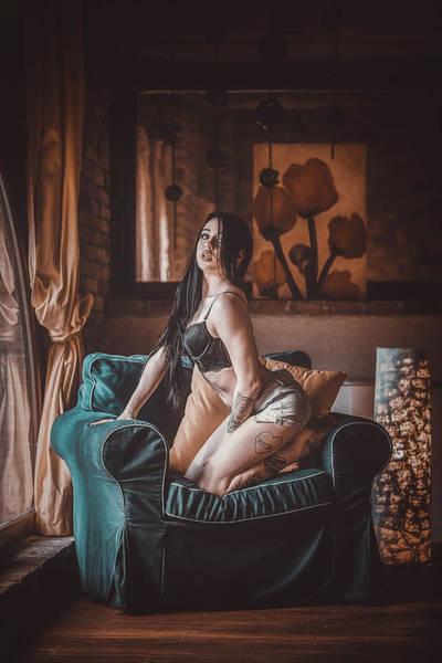 Photograph - C'est Un Beau Roman by Traven Milovich