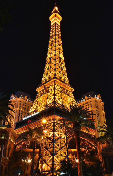 Photograph - Las Vegas by Ray Mathis