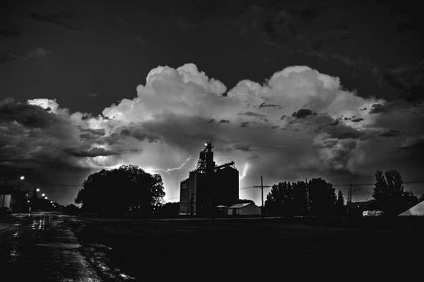 Photograph - Lightening by David Matthews
