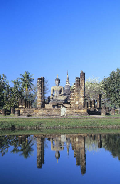 Gloria Photograph - Wat Mahathat by Gloria & Richard Maschmeyer - Printscapes