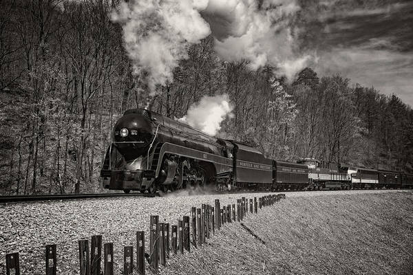 Norfolk Va Wall Art - Photograph - 611 In The Loops by Matt Plyler