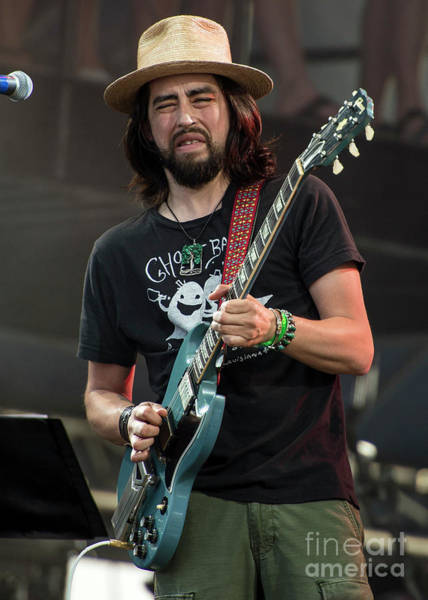 Black Crowes Wall Art - Photograph - Jackie Greene With The Black Crowes by David Oppenheimer