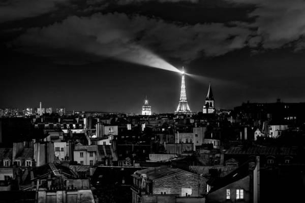 Photograph - Paris by Hayato Matsumoto