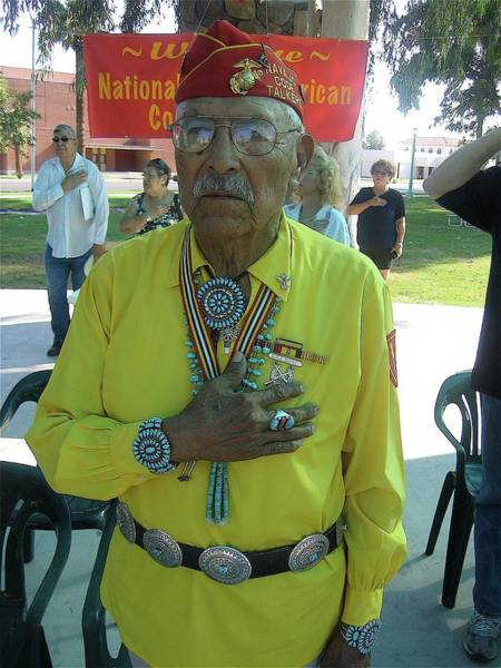 Code Talkers Photograph - Samuel Tso Pledging Allegiance Navajo Code Talker Peart Park Casa Grande Arizona 2007 by David Lee Guss