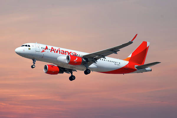 Airbus A320 Wall Art - Photograph - Avianca Airbus A320-214 by Smart Aviation